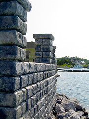 Redi-Rock_cobblestone-gravity-water-MDC-BayHarbor3 (redirockphotodatabase) Tags: michigan caps columns cobblestone gravity retainingwall mdc bayharbor chicagoarea gravitywall redirock bayharbormi waterapplication residentialapplication waterapplications commercialapplication mdccontracting chicagoretainingwalls