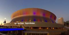 superdome (assis sur le rebord du monde...) Tags: voyage new panorama architecture orleans neworleans gras nola mardigras mardi batiment superdome iphone6
