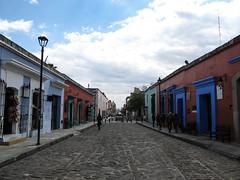 "Oaxaca <a style=""margin-left:10px; font-size:0.8em;"" href=""http://www.flickr.com/photos/127723101@N04/25515305752/"" target=""_blank"">@flickr</a>"