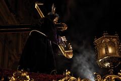 Oro e incienso (M. Martn Gmez) Tags: espaa easter spain nikon catholic religion procession tradition ostern spanien semanasanta elche tradicin holyweek   prozession comunidadvalenciana