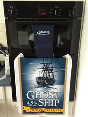 New oven with new Adnams accoutrements! (Pub Car Park Ninja) Tags: uk england oven april bucks bosch iver ghostship 2016 adnams iverheath