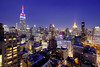 Deep blue. Midtown. (Tony Shi Photos) Tags: 纽约市 纽约 曼哈顿 뉴욕시 뉴욕 맨해튼 ニューヨーク マンハッタン นิวยอร์ก ньюйорк न्यूयॉर्क nowyjork novayork 紐約市 紐約 曼哈頓