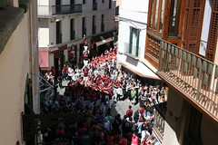 "2016-04-24 Diada de Sant Jordi • <a style=""font-size:0.8em;"" href=""http://www.flickr.com/photos/31274934@N02/26012738603/"" target=""_blank"">View on Flickr</a>"