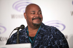 Kevin Michael Richardson (Gage Skidmore) Tags: california robert matt scott michael los kevin dad baker angeles center jordan brett american bradley convention dee tbs wendy blum richardson weitzman wondercon 2016 schaal grimes cawley maitia