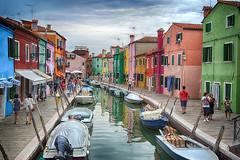 Il Paese dei colori (Raul-64) Tags: italy colors boat italia structure venezia burano veneto