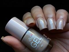 Xote - Bella Brazil (Cris_Yumi) Tags: nude nail nailpolish cor unhas esmaltes bellabrazil