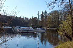 Boats moored at Loch Lomond, Scotland. (Lander Hynd) Tags: scotland loch lomond luss