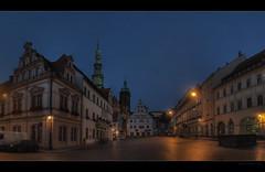 Marktplatz in Pirna am Abend (p h o t o . w o r l d s) Tags: deutschland evening abend fuji nightshot sachsen hdr marktplatz pirna photomatix tonemapping s5pro photoworlds