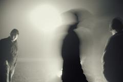 Senke (Sareni) Tags: street light people blackandwhite bw fog night fire evening december shadows serbia sm noc vojvodina bozic twop srbija banat vatra ljudi 2015 svetlo svetlost magla senke badnjevece alibunar crnobela juznibanat sareni savemuncana