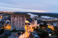 Beaugency la nuit (photosenvrac) Tags: panorama tour notredame nuit leverdesoleil csar beaugency tourcsar thierryduchamp