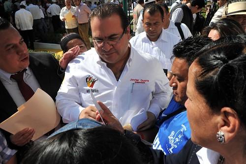 El gobernador Javier Duarte de Ochoa inauguró las obras de reencarpetado de la Av. Rafael Murillo Vidal.