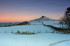 Roseberry Topping in the snow. (paul downing) Tags: winter snow sunrise nikon 12 filters hitech greatayton northyorkshire roseberrytopping northyorkshiremoors gnd pd1001 pauldowning d7200 pauldowningphotography