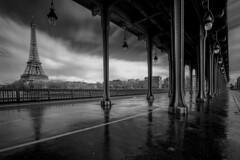 sous le pont Bir Hakeim.. (dblechris) Tags: paris france canon eos day pluie jour effeil 60d