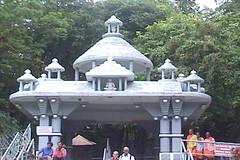 Ratnagiri-Bahubali-Vihara-Dharmasthala-Karnataka-141 (umakant Mishra) Tags: temple bahubali jainism touristpoint dharmasthala karnatakatourism bahubalistatue religiousplace monolythicstatue umakantmishra westernghatmountain kumudinimishra bahubalivihar