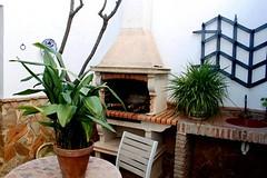 Patio Interior, Mostrando la Barbacoa (brujulea) Tags: rural casa interior patio cordoba casas barbacoa rurales mostrando carcabuey membrillo brujulea