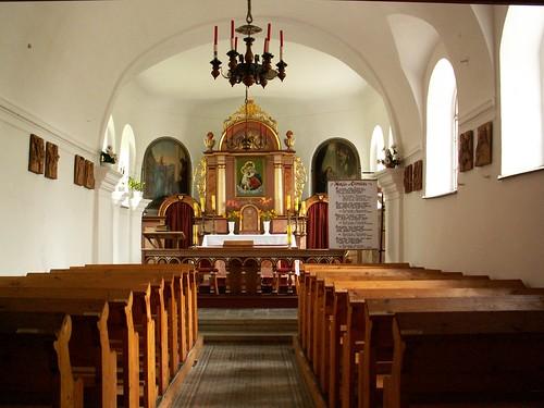Wnętrze Kaplicy MB Wspomożenia Wiernych na Cierniaku