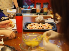 Cooking Class (ChihPing) Tags: cooking cook taiwan olympus taipei f18    45mm omd    em5