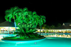 glow (DominiquePelletier.ca) Tags: vacation green pool night san glow resort bahia dominicaine aquablue riosanjuan republicpuerto principedominican platario juanespaillatrpublique