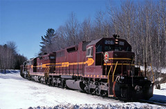 A UPLD at Cavour (ac1756) Tags: wisconsin wc loads 208 dmir wisconsincentral cavour emd wcl upld oretrain