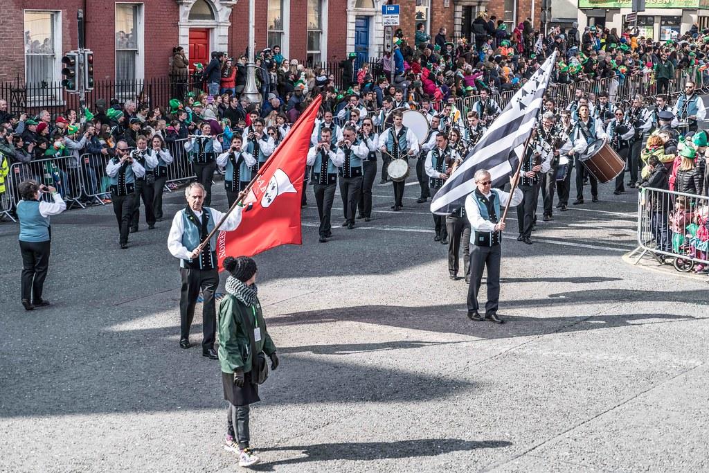 Bagad de Vannes Melinerion Brittany [St. Patrick's Parade In Dublin 2016]-112381