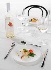 Culinair (Tuin) Tags: food glass table chair rice wine plate borden stoel rijst glas cutlery eten risotto tafel wijn bestek fotoacademie photoacademy