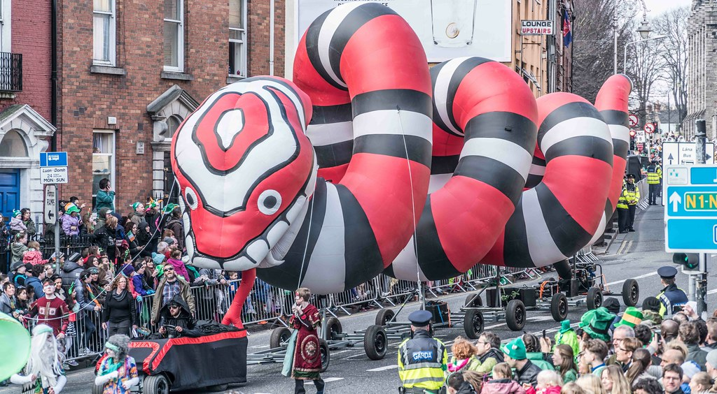 RETURN OF THE SNAKES BY BUI BOLG [SAINT PATRICK'S DAY PARADE]-112699