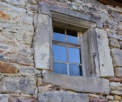Window in the townwall of Themar (:Linda:) Tags: window germany town thuringia townwall themar stoneframe