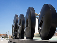 Jimnez Deredia. Genesis song to life (Tigra K) Tags: city travel sculpture valencia statue circle nude spain 2015