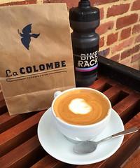 Latte at La Colombe (Mr.TinDC) Tags: coffee drinks latte beverages waterbottle lacolombe skimlatte