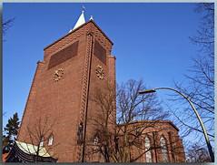 Evangelische Kreuzkirche am Hohenzollerndamm - D (Peterspixel from Peter Althoff) Tags: kreuzkirche sakralbauten hohenzollerndamm