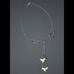 cocottes (fabrikarine) Tags: fleur vintage collier origami bijoux plastic boucle fou cuivre doreille