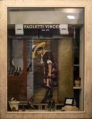 Ascoli com': una vetrina . . . anni '30 (2016) (Orarossa) Tags: italy italia shopwindow vetrina marche ascolipiceno ora3463 calzaturepaoletti