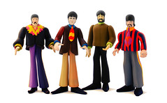 Yellow Submarine (RK*Pictures) Tags: flowers blue music art apple yellow liverpool john movie toy paul actionfigure drums george comedy paradise colours harrison lordmayor hole bass guitar chief clown nowhere cartoon band inspired jeremy submarine animation beatles animated 1968 psychedelic johnlennon ringostarr ringo mccartney yellowsubmarine thebeatles starr bluemeanie paulmccartney georgeharrison bonkers mcfarlane eleanorrigby applebonker nowhereman animatedfilm alltogethernow allyouneedislove sgtpepperslonelyheartsclubband whenimsixtyfour seaoftime oldfred pepperland chiefbluemeanie dreadfulflyingglove georgedunning snappingturk musicalfantasy jeremyhillaryboobphd vacuumcleanerbeast