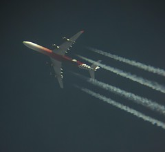 Etihad Airways (Abu Dhabi Grand Prix livery) | A346 | A6-EHJ | (scorpio86planespotting) Tags: plane airplane inflight contrail aircraft jet grand prix airways abu dhabi spotting airliner livery a346 etihad rnav a6ehj contrailspotting