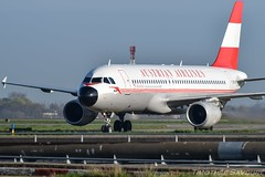 [CDG] Austrian 'Retro' Airbus A320 (Timothe Savour) Tags: retro airbus airlines austrian a320 oelbp