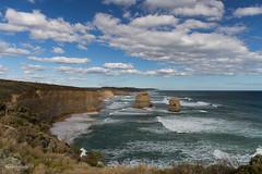 W-IMG_5745 (baroudeuses_voyage) Tags: ocean road sea beach londonbridge rocks oz cove great meadow australia roadtrip victoria cliffs van greatoceanroad 12apostles apostles australie gor elgrotto