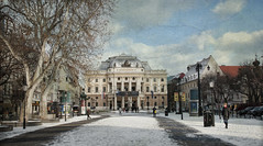 Tarde de invierno en Bratislava (pimontes) Tags: street city parque teatro calle nieve ciudad invierno bratislava hss pimontes