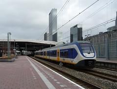 Vertrek NS SLT 2415 te Rotterdam CS (erwin66101) Tags: haven holland station rotterdam ns cs van slt centraal hoek rotterdamcentraal sprinter rotterdamcs nsslt