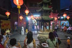 at Jade Emperor Pagoda (kuuan) Tags: pagoda focus smoke pray chinesenewyear vietnam lanterns offering mf manual tet saigon a7 incense voigtlnder hcmc skopar colorskopar redlanterns leicam jadeemperorpagoda  sonya7 changchong f421mm ngchongin colorskoparf421mm voigtlndercolorskoparf421mm tet2016 vietnamesenewyear2016monkeychinese