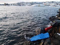 Art and driftwood (narnejo) Tags: streetart art norway pier kunst arctic molo breakwater tromso troms srsjeteen