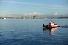(Sean Munson) Tags: seattle water boat washington tugboat pugetsound elliotbay wsf washingtonstateferries bainbridgeseattleferry