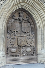 Doors for thought II (robbie20161) Tags: abbey bath doors somerset carvings portals entrances