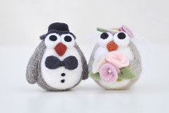 Needle felted owl wedding cake topper (noristudio3o) Tags: wedding animal cake felted for couple day felting handmade anniversary decoration romance her needle gift owl valentines centerpiece amigurumi weddinggift topper etsystore weddingdecor amigurumis etsywedding etsyloves etsyhunter etsyusa