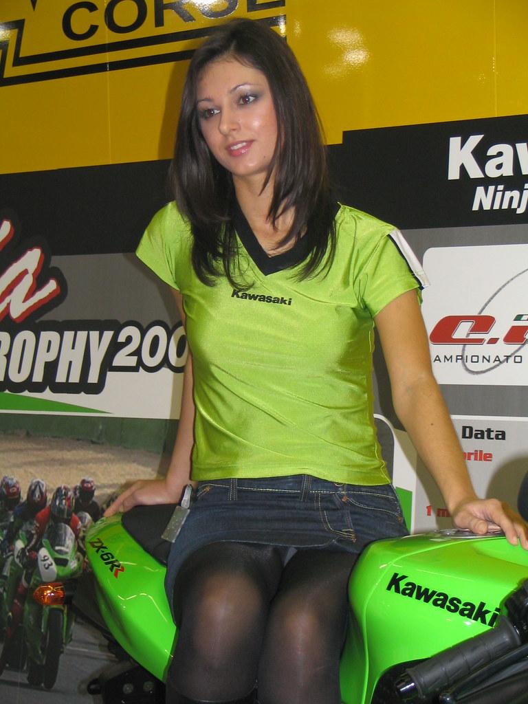 asian model expo show 2004