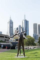 Melbourne (Sarah L. Donovan) Tags: lighting backlight frontlight exercise2 sidelight theworldaroundus