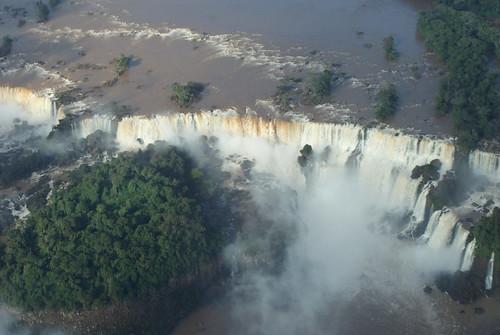 "Cataratas de Iguazú <a style=""margin-left:10px; font-size:0.8em;"" href=""http://www.flickr.com/photos/132693845@N03/25556626692/"" target=""_blank"">@flickr</a>"
