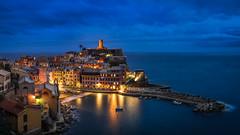 Vernazza (Bastian.K) Tags: italien blue italy zeiss 35mm 5 sony hour carl terre 20 vernazza monterosso cinque riomaggiore 5terre manarolo loxia a7s corniglie ilce7s