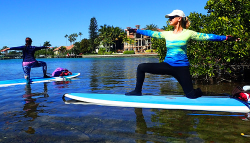 2_28_16 Paddleboard Yoga teach trainiing SRQ 10