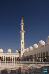 Abu Dhabi Februar 2016  51 (Fruehlingsstern) Tags: abudhabi marinamall ferrariworld canoneos750 scheichzayidmoschee
