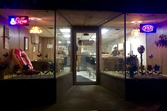 Brothers Donuts, 2AM (DjD-567) Tags: iphone midnight bakery donuts nh franklin door windows glass